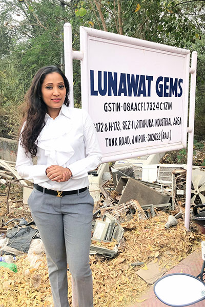Lunawat Gems The Diamond Talk